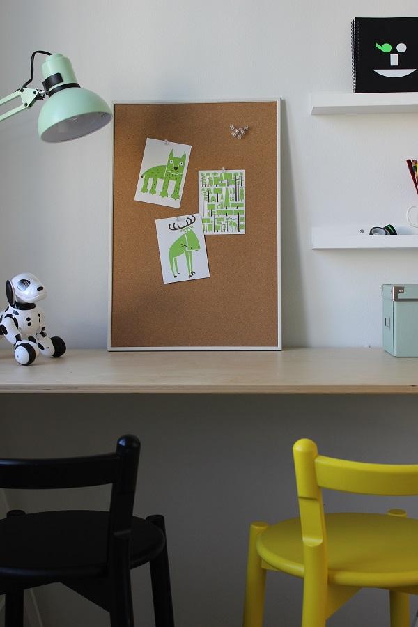 työpiste-lastenhuone-vaneripöytä
