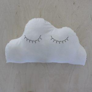 poutapilvi-valkoinen